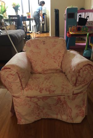 Kids chair $10 for Sale in Glendale, CA