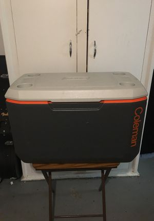 Coleman Cooler for Sale in Queens, NY
