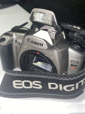Canon EOS Rebel XS n film camera for Sale in Moreno Valley, CA