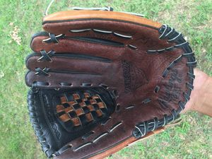 Rawlings renegade 12 inch baseball glove for Sale in St. Louis, MO
