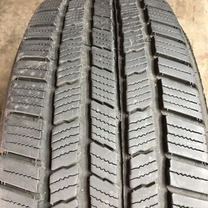 Set of 2 Used 245/60R18 Michelin Defender LTX M/S 85% Life for Sale in Oak Park, IL