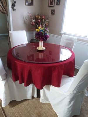 Table 4 chairs for Sale in Atlanta, GA