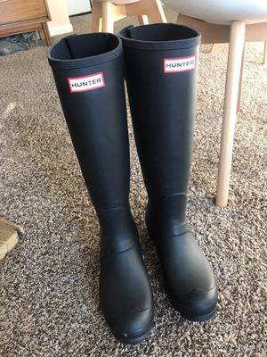 Tall Hunter Rain Boots With Calf Extension - Size 9 - Matte Black for Sale in Plano, TX