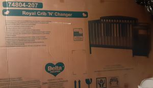 Royal crib n changer for Sale in Las Vegas, NV