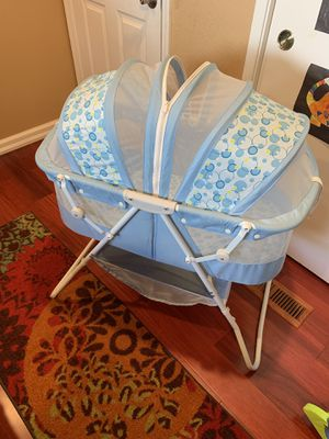 Folding Baby sleeper basinet with net for Sale in Fremont, CA