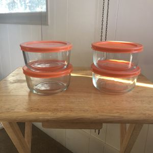PYREX 2-cup Storage for Sale in Modesto, CA