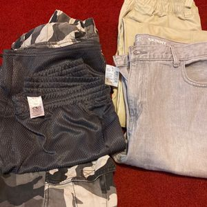 Jean, Short And Cargo Pants Size 18 And 18H for Sale in Chicago, IL