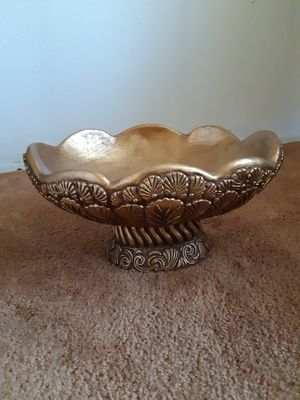 Shallow Flower Vase/ Fruit Bowl/ Candy Dish for Sale in Spring Valley, CA