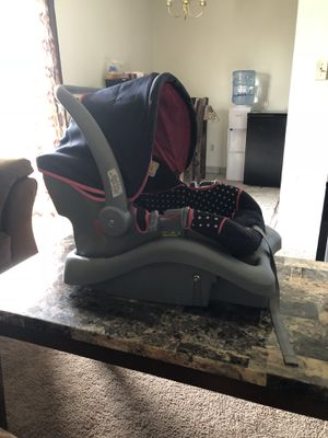Car seat for Sale in Syracuse, NY