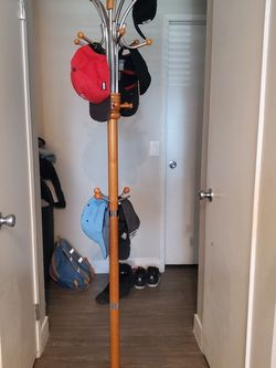 Coat Rack for Sale in West Covina,  CA
