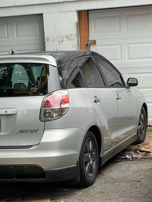 Toyota matrix 2003 xr for Sale in East Hartford, CT