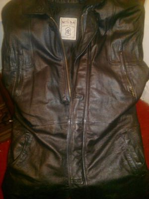 100% genuine leather coat for Sale in Pittsburgh, PA