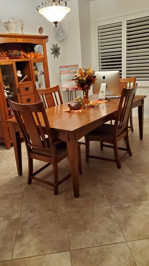 Dining table set for Sale in El Cajon, CA
