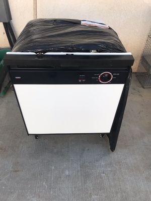 Dishwasher for Sale in Fresno, CA
