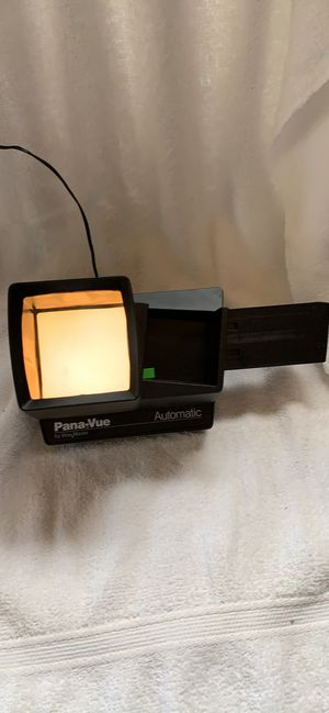 PANA-VUE BY VIEWMASTER AUTOMATIC LIGHTED 2X2 VIEWER ADAPTER INCLUDED for Sale in Selinsgrove, PA