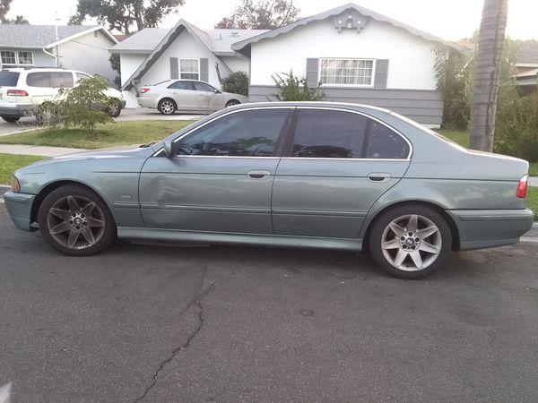 BMW 2002 525i