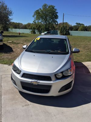 2014 Chevy sonic low miles for Sale in Orlando, FL