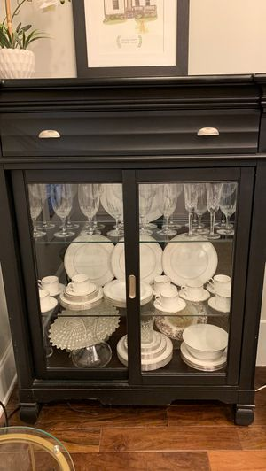 China cabinet for Sale in Atlanta, GA