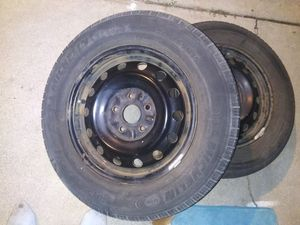 Michelin 5 lug rim and tires barely used like new 205/65/r15 came off a toyota camry for Sale in Hemet, CA