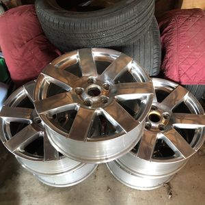 Genuine Jeep Wrangler Sahara Wheels for Sale in Seymour, CT