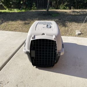 Small Dog Or Cat Crate for Sale in Sacramento, CA