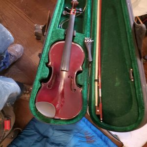 4/4 Rothenburg Violin With Case And Two Mutes. Missing End Pin Only for Sale in El Cajon, CA