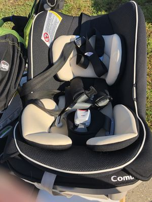 Combi convertible car seat for Sale in Biloxi, MS