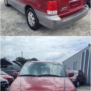 2002 Kia Sedona for Sale in Kissimmee, FL