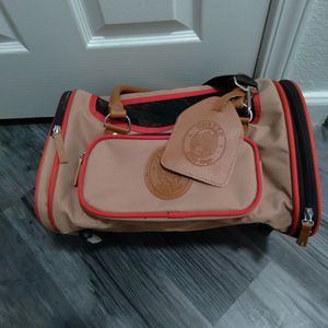 Sherpa Small Dog Carrier. for Sale in North Las Vegas, NV