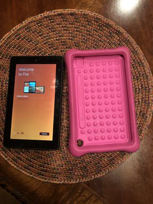 """2014 kindle 6g Kindle Fire HD 7"""" including screen protector and case for Sale in San Diego, CA"""