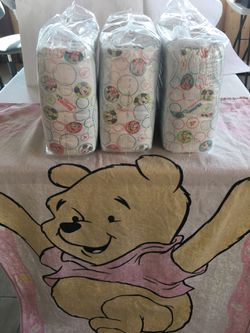 Huggies Diapers Size 4 for Sale in Monterey,  CA