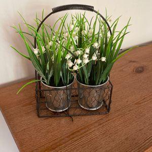 Fake plant pot of decor for Sale in Yorba Linda, CA