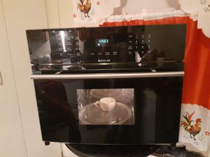 JENN-AIR 1.5 cu ft 1000 w built in microwave for Sale in Reading, PA