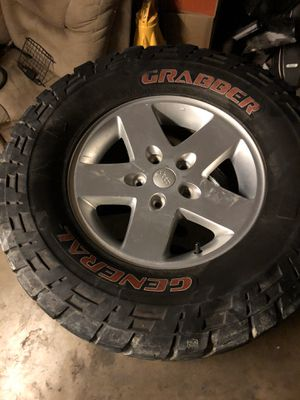 General Grabber 33x12.50r17 Jeep Wrangler Wheels for Sale in Phoenix, AZ