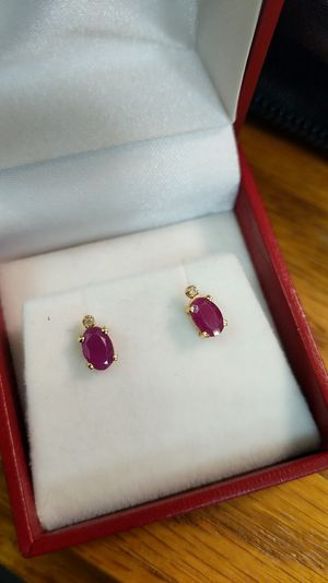 14K NATURAL RED RUBY AND DIAMOND EARRINGS for Sale in Leesburg, VA