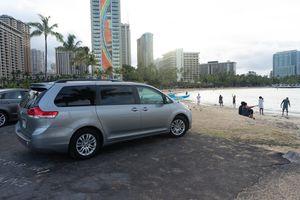 2012 Toyota Sienna XLE for Sale in Honolulu, HI