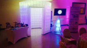 Led Photo Booth for Sale in Victoria, TX