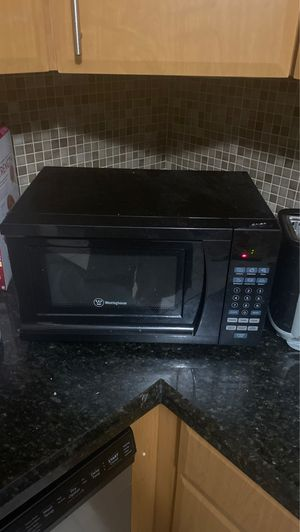 Simple Microwave for Sale in Miami, FL