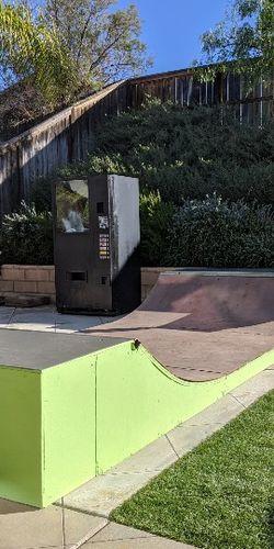Skateboard Skateboarding 🛹 Baby Mini Ramp for Sale in Menifee,  CA