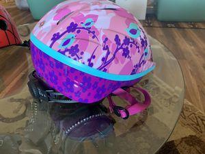 Schwinn girls helmet for Sale in Mounds, OK