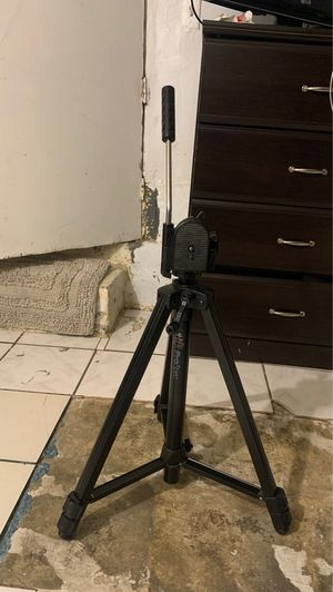 Pro camera stand for Sale in Los Angeles, CA