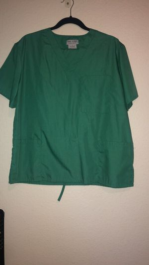 Scrub outfit, M&M scrub brand for Sale in Brooks, OR