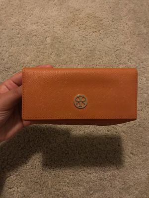 Orange Tory Burch Clutch/wallet for Sale in Tampa, FL