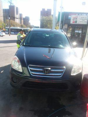 2005 Honda Crv 127k miles black beauty for Sale in Queens, NY
