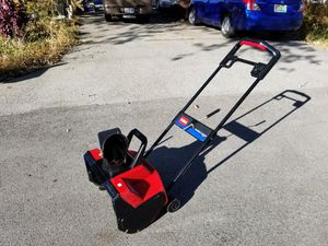 Toro Power Curve 1800 Snowblower for Sale in Downers Grove, IL