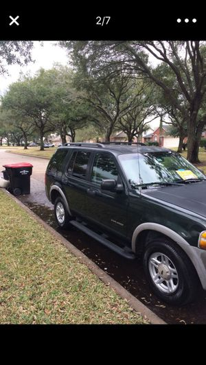 2002 Ford Explorer XLS runs excellent looks good everything works 1owner! for Sale in Sugar Land, TX