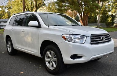 Perfectly Condition 2008 Toyota Highlander AWDWheels💎thrgrfeds for Sale in Fort Worth,  TX