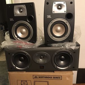 JBL bookshelf speakers Northridge series N24. One Northridge EC 25 center speaker for Sale in Herriman, UT