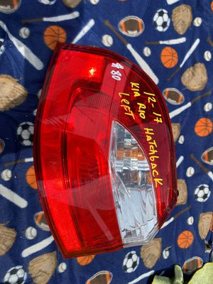 2012-2014-2015-2016-2017 KIA RIO HATCHBACK TAIL LIGHT LEFT DRIVER SIDE OEM for Sale in Carson, CA