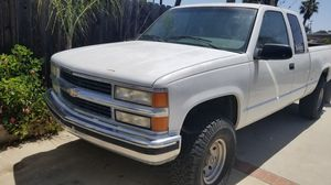 95' Chevy Silverado 2500 for Sale in Oceanside, CA